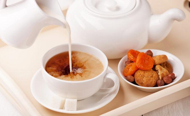 Чай с молоком для кормящей мамы